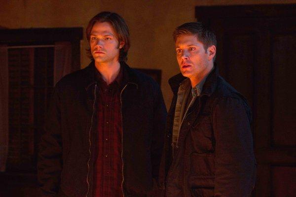 """supernatural """"saison 2"""" Épisode 15: Frères ennemis"""