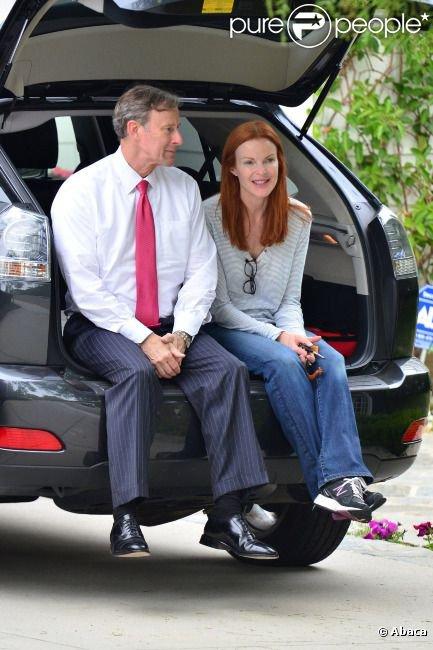13 juillet 2012 / Marcia & Tom attendent leurs filles /
