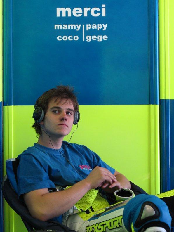CEV jerez avril 2011  Binoche Renaud 16 ans MOTO2