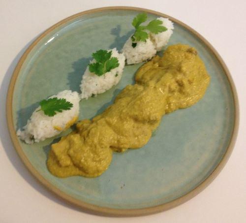 Recette du jour: Poulet au curry et noix de coco