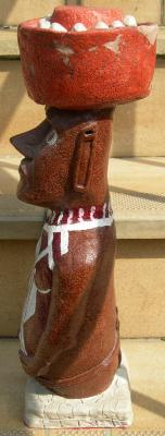 moai peint/vue de profil