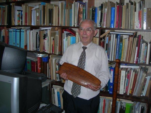 Conférence de Nicolas Cauwe sur l'écriture rongorongo de l'IDP, le 05/05/2011