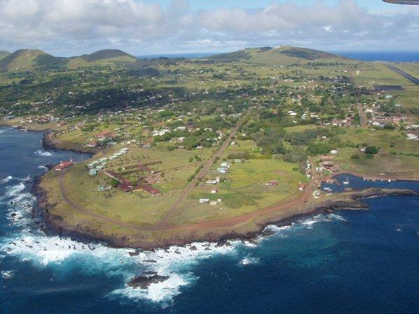 Hanga Roa - vue aérienne