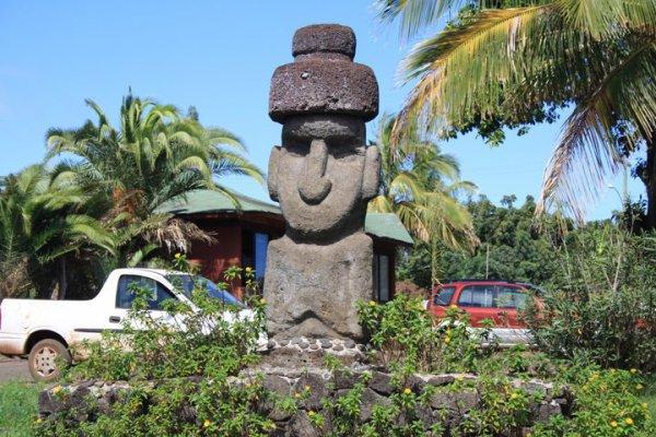 IDP - Hanga Roa - moai - 04/2011
