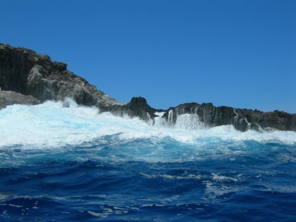 Motu Nui - accès difficile - 21/11/2005