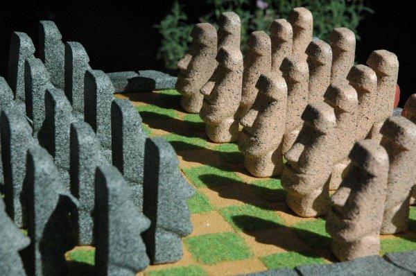 jeu de dames - moai
