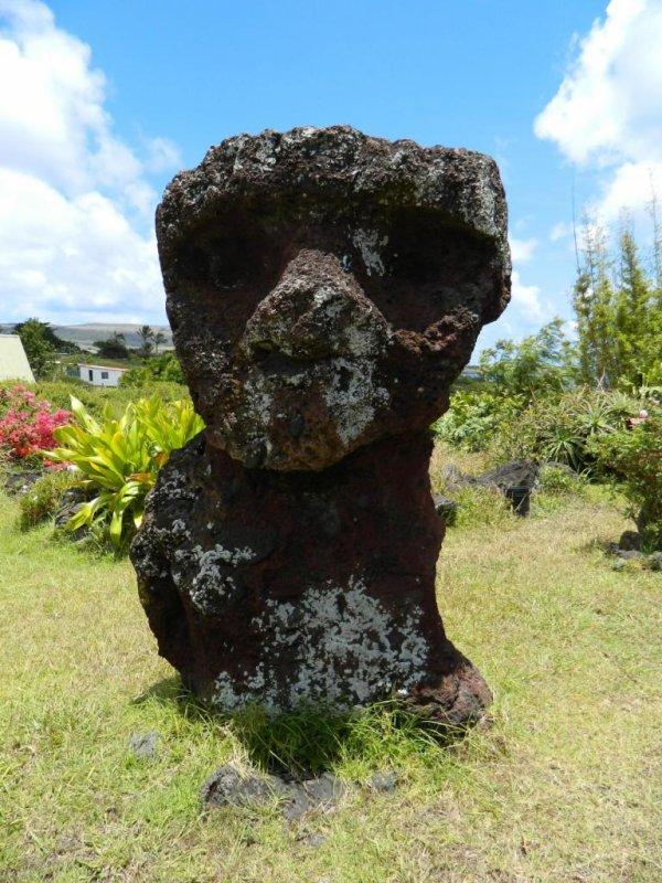 Moai rouge (04/12/2013) - 1