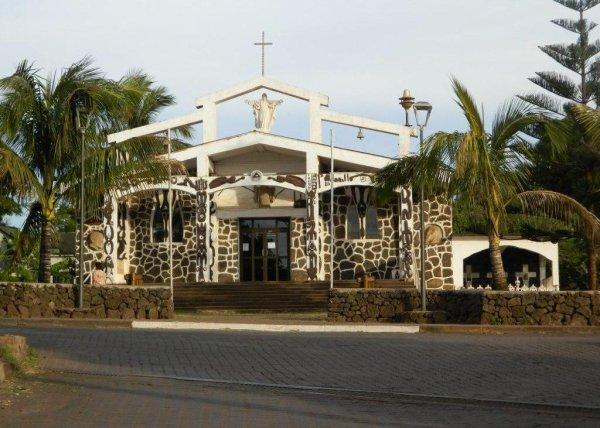 Hanga Roa - Eglise (09/12/2013) - 1