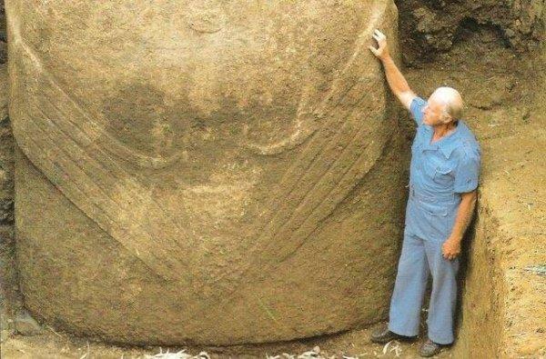 """230e article de FD: """"Les moai ont bien été des ancêtres """"hommes-oiseaux"""" """""""