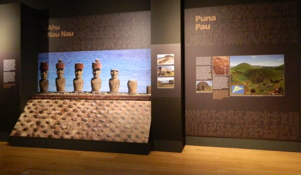 "Visites de l'exposition ""Making Monuments on Rapa Nui"" à Manchester (13 & 14/05/2015) - 30"