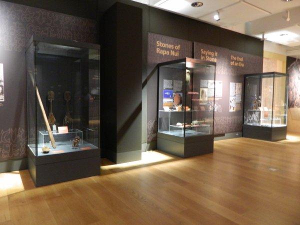 """Visites de l'exposition """"Making Monuments on Rapa Nui"""" à Manchester (13 & 14/05/2015) - 32"""