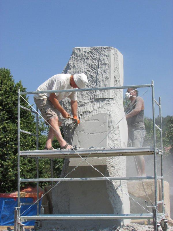 Sculpture d'un moai à Chiuduno (Nord de l'Italie) - 2
