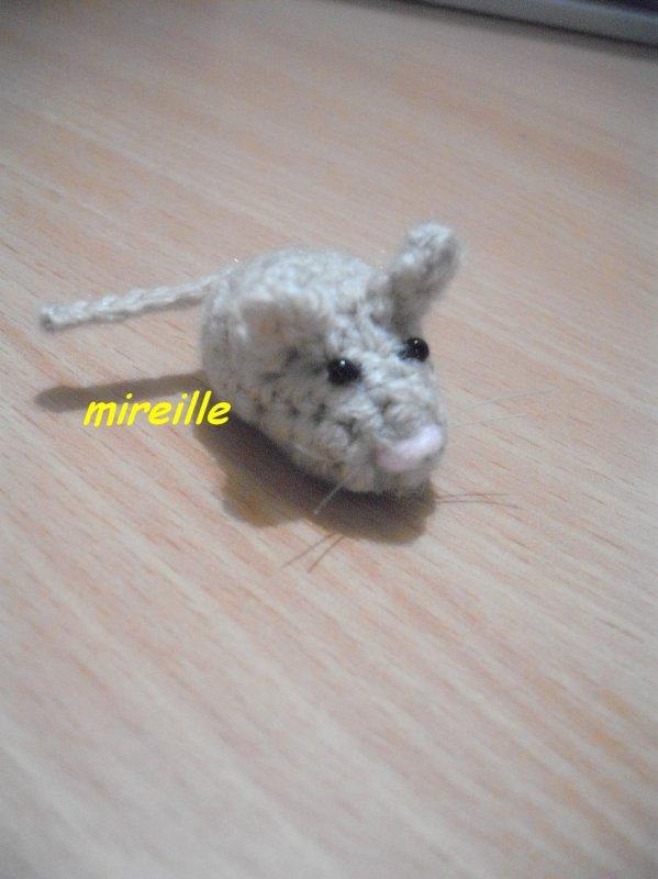 Petite souris au crochet
