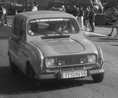 Renault 4L (modèle utilisé)