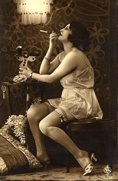 femme en 1920