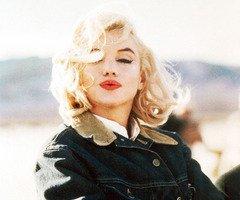 Marilyn Monroe :