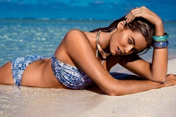 Robyn Lawley : Top Model