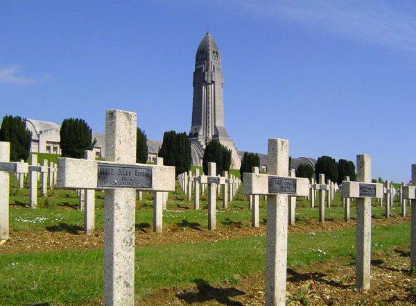 Record : La première guerre mondiale : Une boucherie 6000 morts par jour