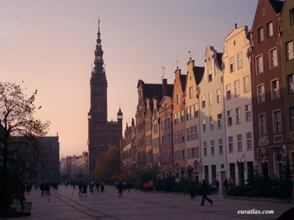 Pologne : Le Long Marché, Długi Targ, de Gdansk