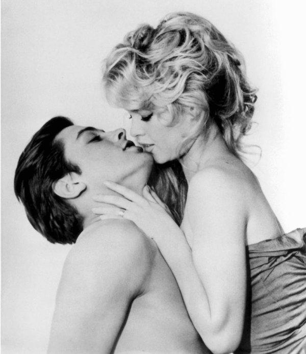 Alain Delon et Brigitte Bardot : Gif