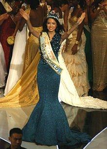 Yu Wenxia : Miss monde 2012,  Polémique