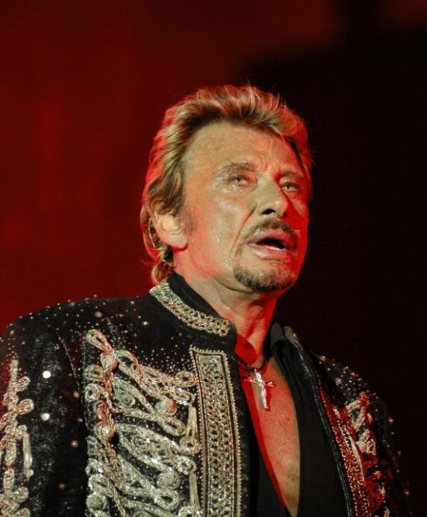 Johnny Hallyday : Hallyday « signe » chez Philips