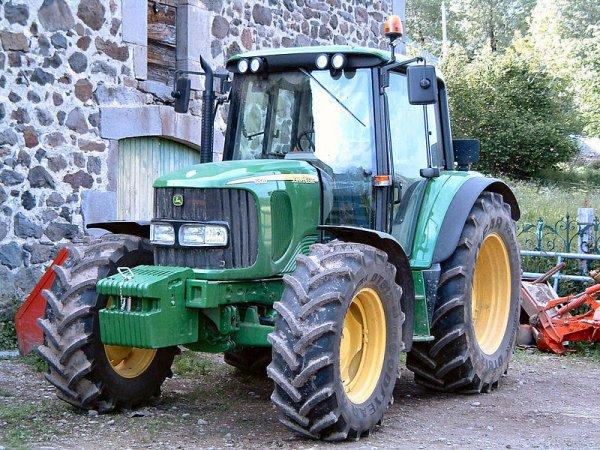 Tracteur agricole : Véhicule automoteur