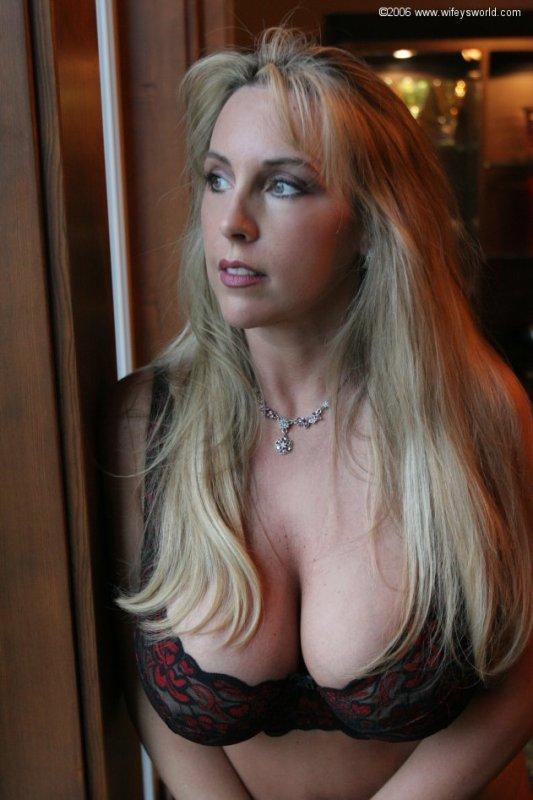 Sandra Otterson alias Wifey