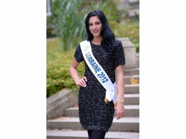 Divanna Pljevalcic : Miss Lorraine
