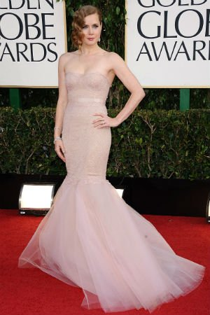 Amy Adams en robe nude de Marchesa