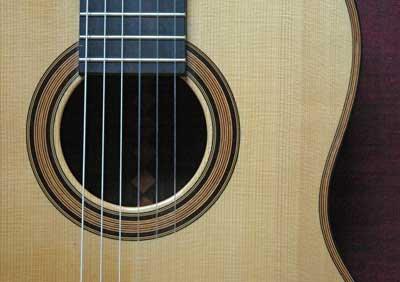Guitare : Principaux luthiers de guitare du XXIe siècle