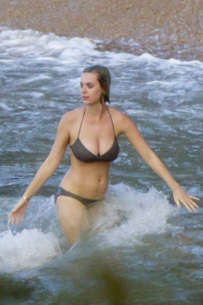 Katy Perry en bikini à Hawai