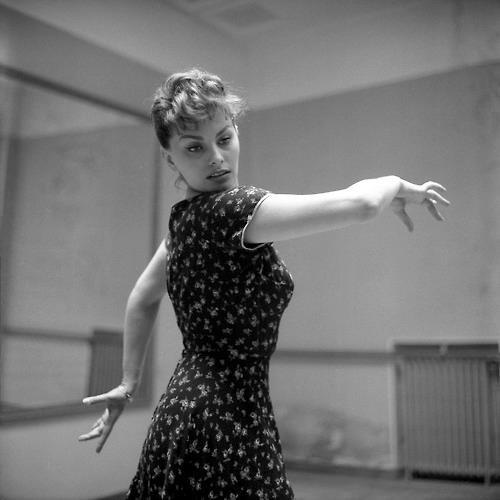 Sophia Loren : C'est sur le tournage, en 1952