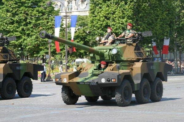 Les unités défilant sur les Champs-Élysées : Unités motorisées et mécanisées
