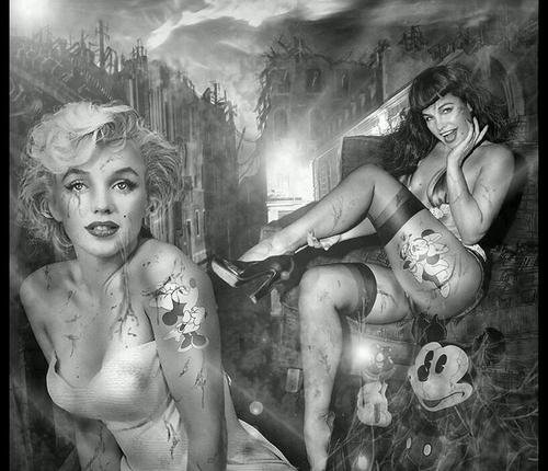 Marilyn Monroe et Bettie Page : Montage