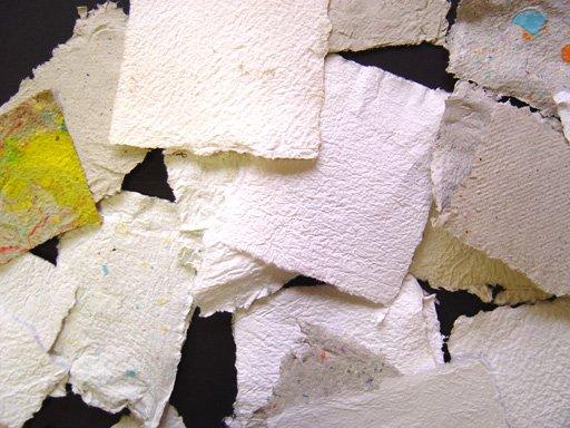 Papier : Pâte à papier recyclé
