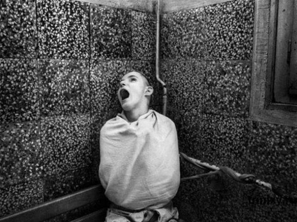 Photos Effrayantes d'Asiles Psychiatriques du Passé !