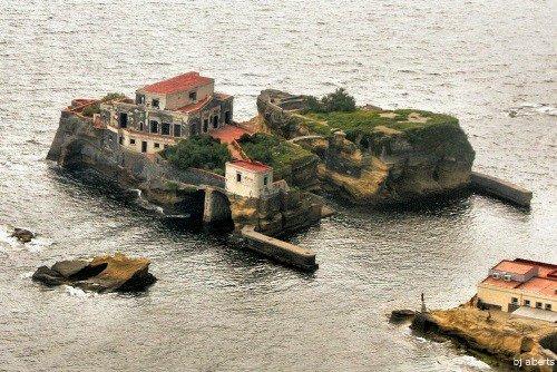 Île Maudite de la Gaiola