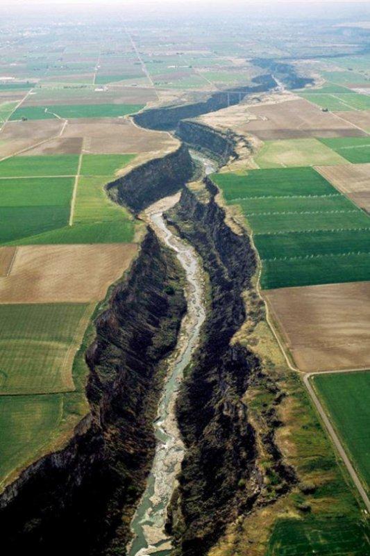 Serpent River, près de Twin Falls, Idaho