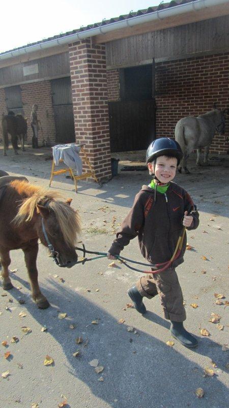 mon bébé a l'equitation