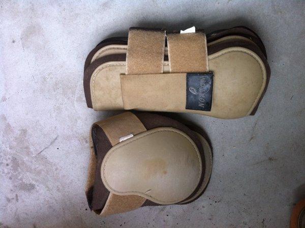 Protections norton beige/marron