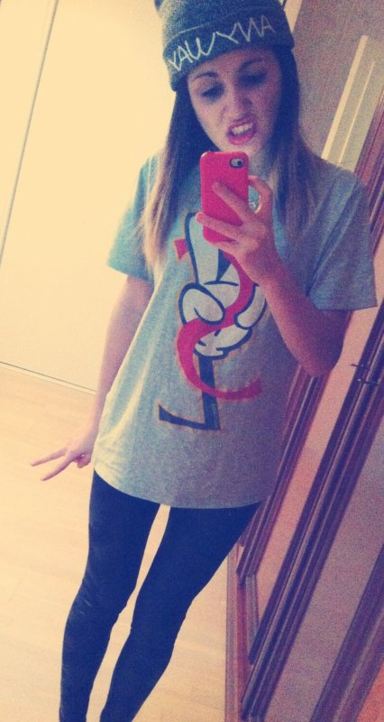 ♥. #swag#kiss