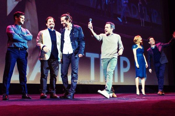26/05/13 - Bradley à l'Avant-Première française de Very Bad Trip III ♥    Avec toute l'équipe lors de 'My Warner Day' au Grand Rex à Paris!