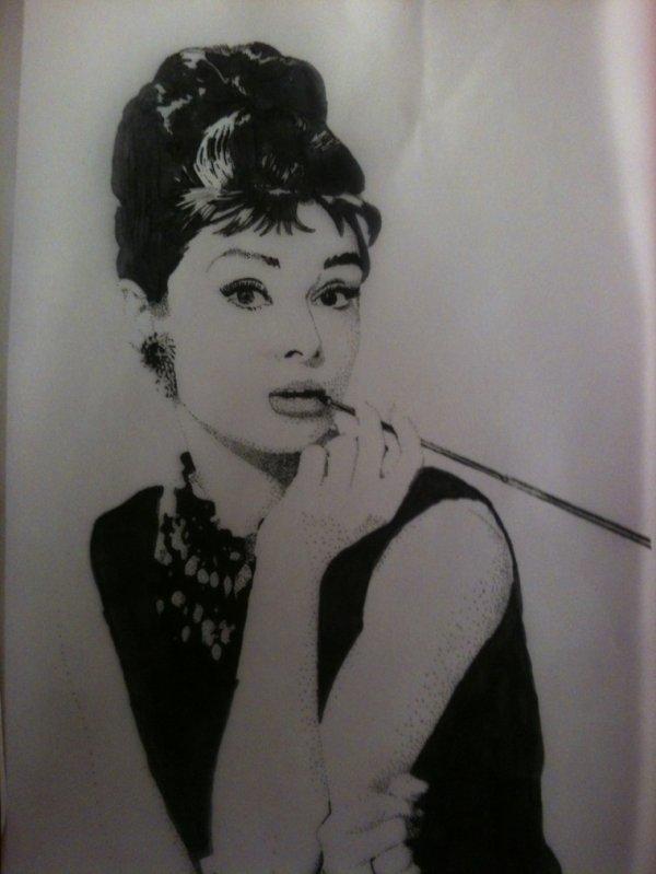Dessin ~ Audrey Hepburn