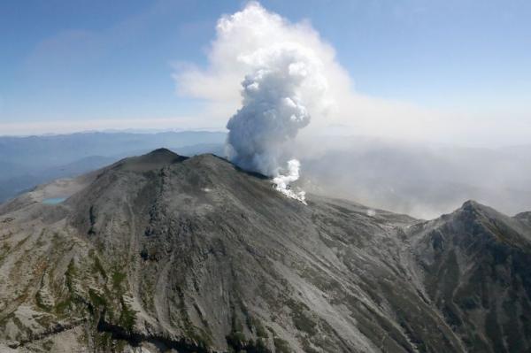 Eruption du volcan Ontake