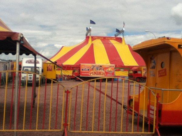 Le cirque Pinder a coutances