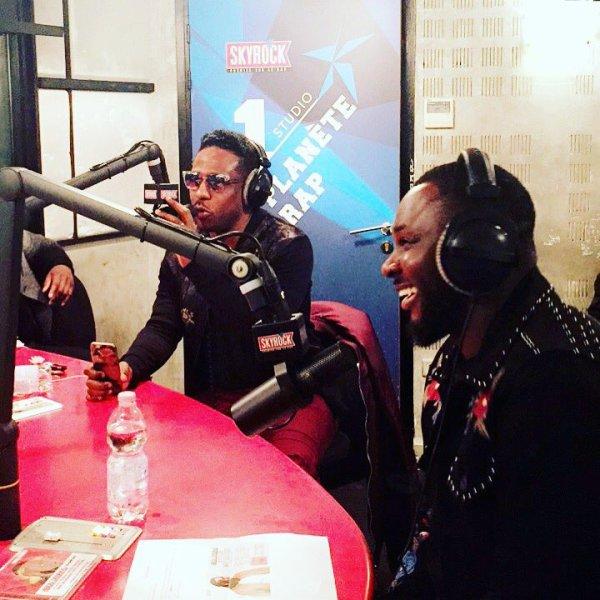 """Abou Debeing - """"Boom"""" en live dans Planète Rap !"""