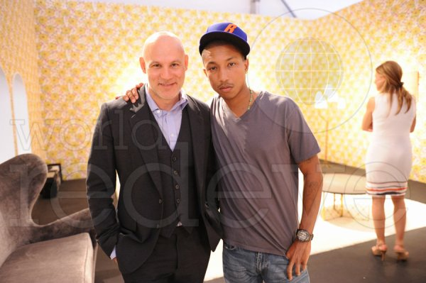 Pharrell Williams - Design Miami 2010 : Vernissage - Miami, FL - 30 novembre 2010