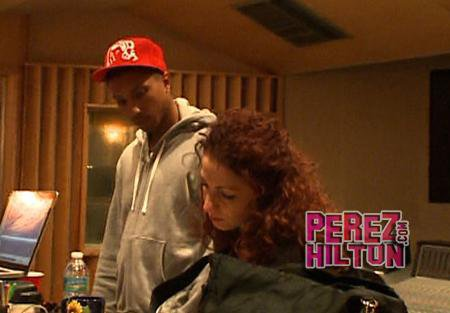Pharrell - En Studio avec Gloria Estefan - Janvier 2011
