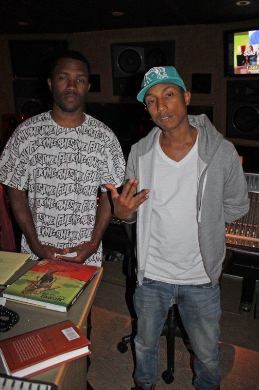 Pharrell - En Studio avec Frank Ocean - Fin Avril 2011